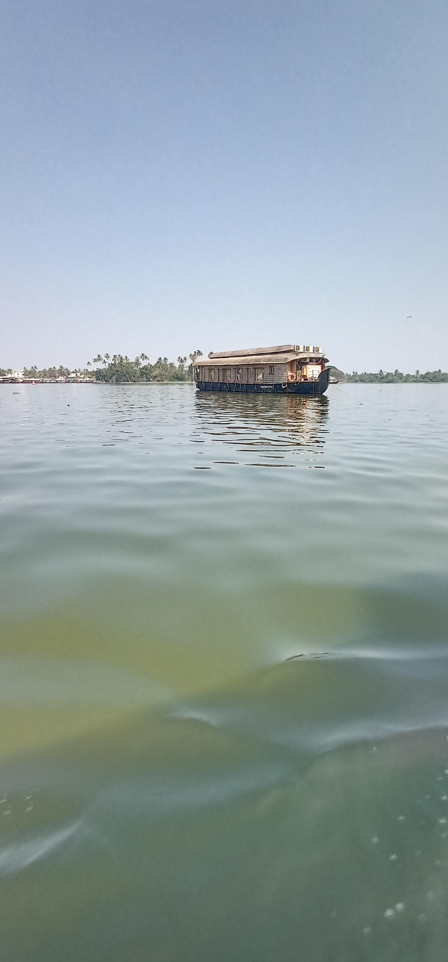 Alleppy_Backwaters_Kerala_3