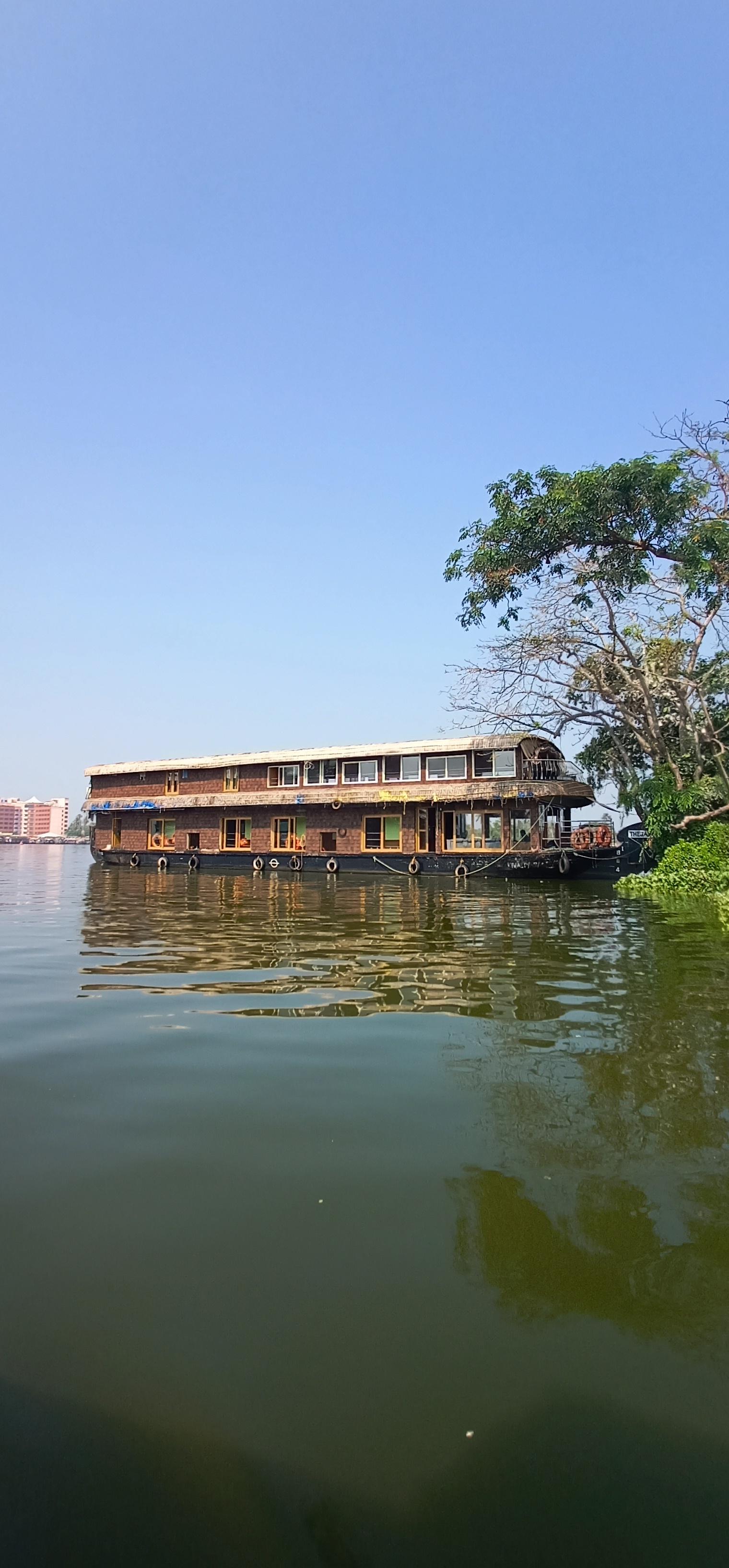 Alleppy_Backwaters_Kerala_2