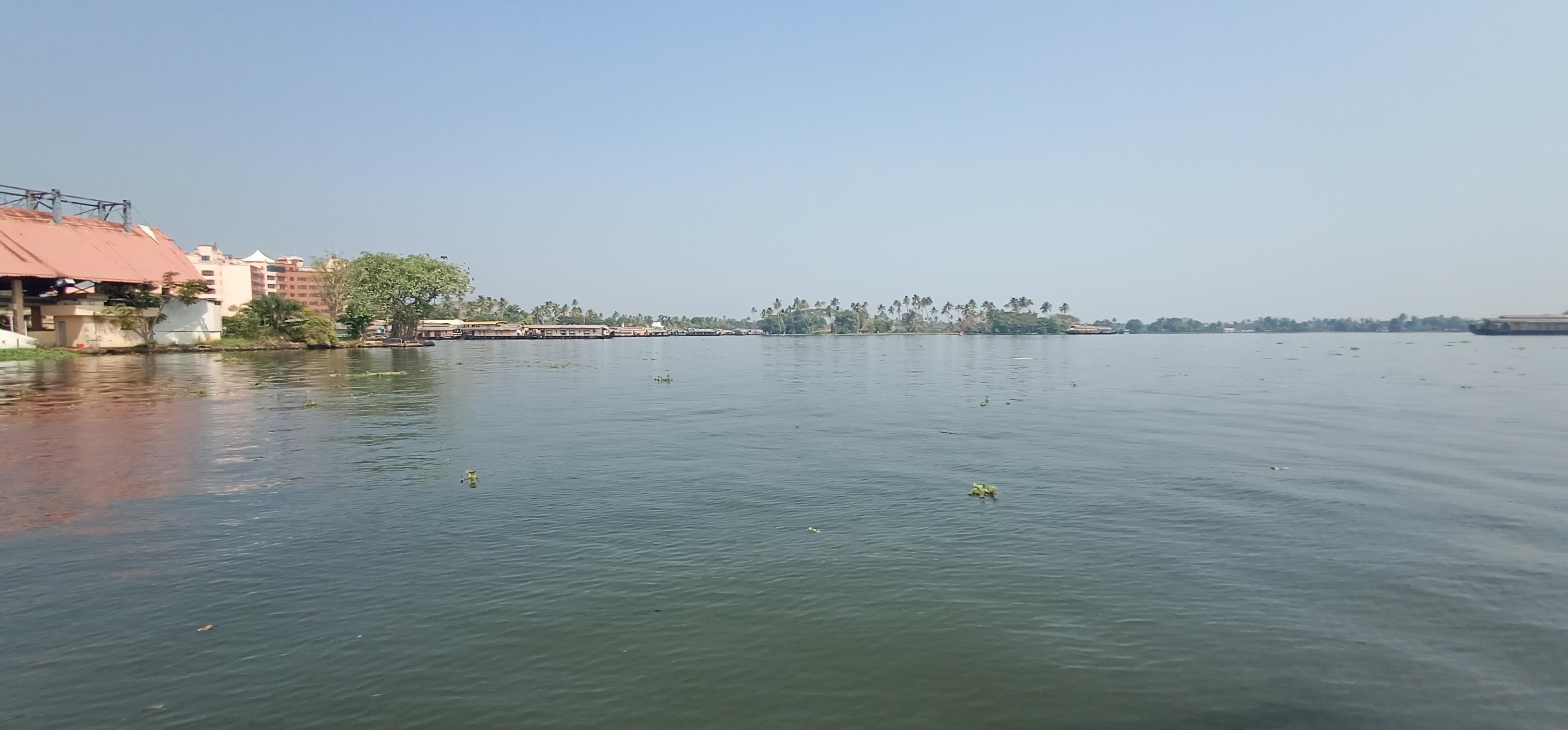 Alleppy_Backwaters_Kerala_4